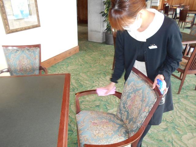 レストラン椅子除菌